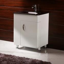 Фунцкионален PVC шкаф за баня КРИСТИНА